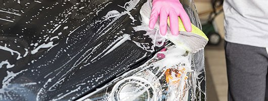 What's The Difference Between A Car Wash and Car Detailing?
